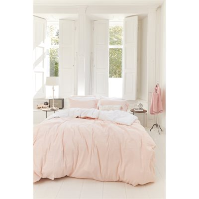 Tranquility soft pink duvet cover