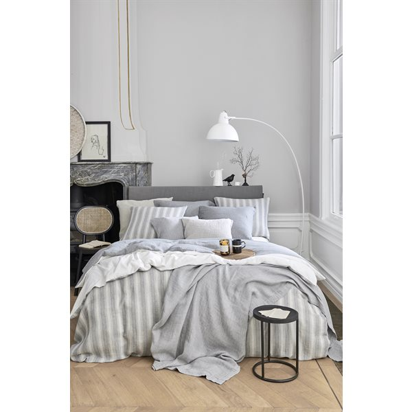 Home 87 striped duvet cover