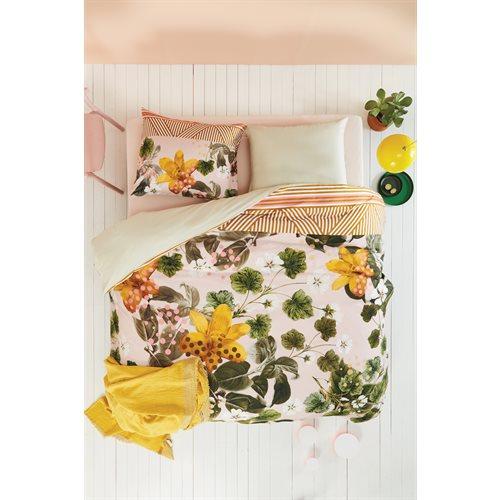 Botanical flower duvet cover