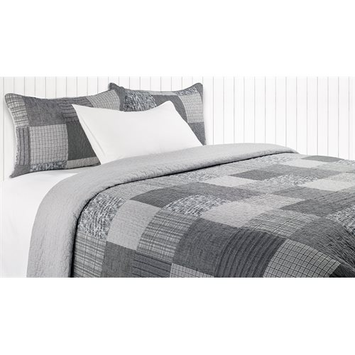 Pedro grey and black modern quilt