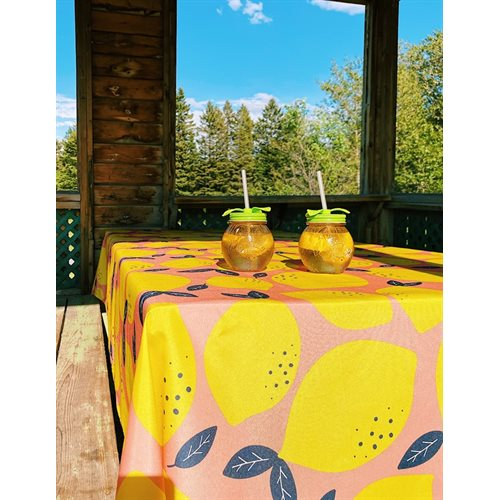 Lemon printed tablecloth